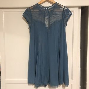 Kimchi Blue (urban outfitters) lace flowy dress